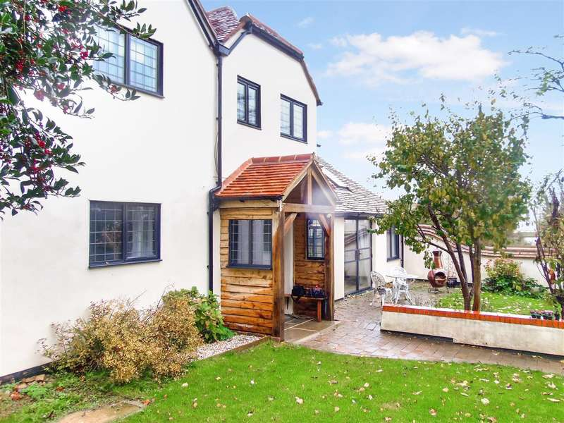 4 Bedrooms Detached House for sale in Church Lane, Chearsley, Aylesbury