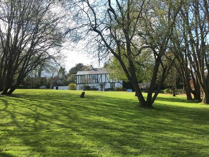 4 Bedrooms Detached House for sale in Romford Road, Pembury, Tunbridge Wells, TN2