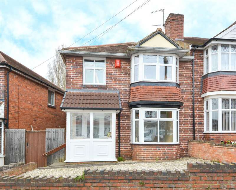 3 Bedrooms Semi Detached House for sale in Pargeter Road, Bearwood, B67