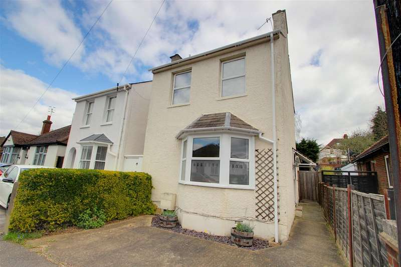 3 Bedrooms Detached House for sale in Hamilton Road, Kings Langley