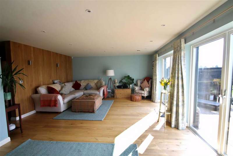 4 Bedrooms Detached House for sale in Windmill Close, Meopham