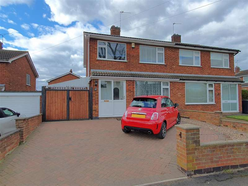 3 Bedrooms Semi Detached House for sale in Kilbourne Close, Sileby, Loughborough