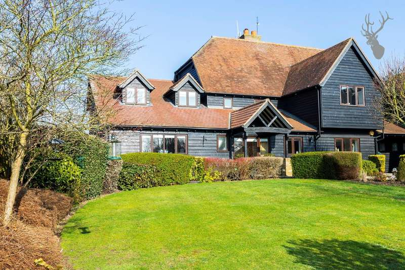 4 Bedrooms Semi Detached House for sale in Pick Hill, Upshire, Waltham Abbey