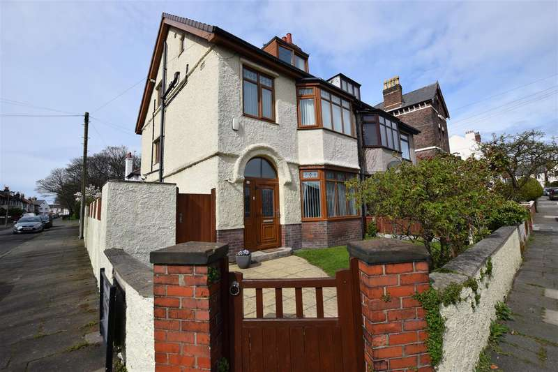 4 Bedrooms Property for sale in St. Georges Mount, Wallasey