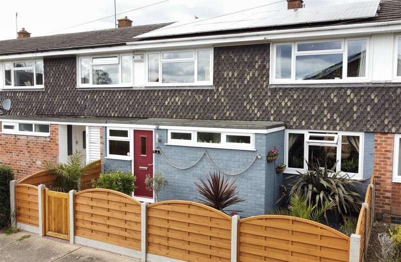 3 Bedrooms Terraced House for sale in Syringa Green, Lincoln
