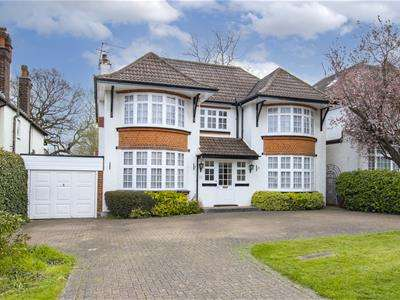 5 Bedrooms Property for sale in Deacons Hill Road, Elstree, Borehamwood
