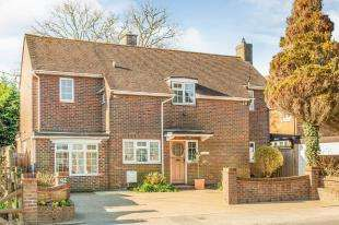 4 Bedrooms Detached House for sale in Upper Horsebridge, Hailsham, East Sussex, .