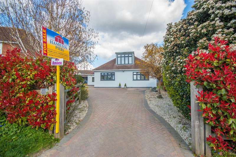 5 Bedrooms Detached Bungalow for sale in Church Road, Boreham, Chelmsford, CM3