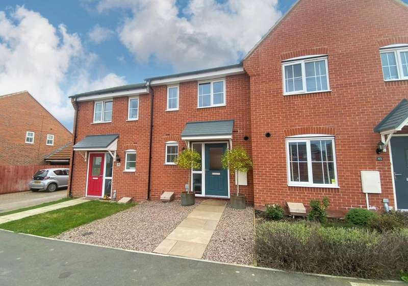 2 Bedrooms Terraced House for sale in Great Leighs, Bourne