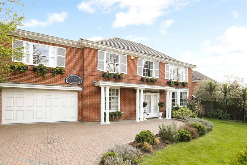5 Bedrooms Detached House for sale in Dickens Close, Richmond, TW10