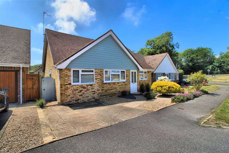 3 Bedrooms Detached Bungalow for sale in Alfriston Park, Seaford, East Sussex