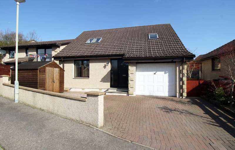 4 Bedrooms Detached House for sale in Balmakeith Park, Nairn