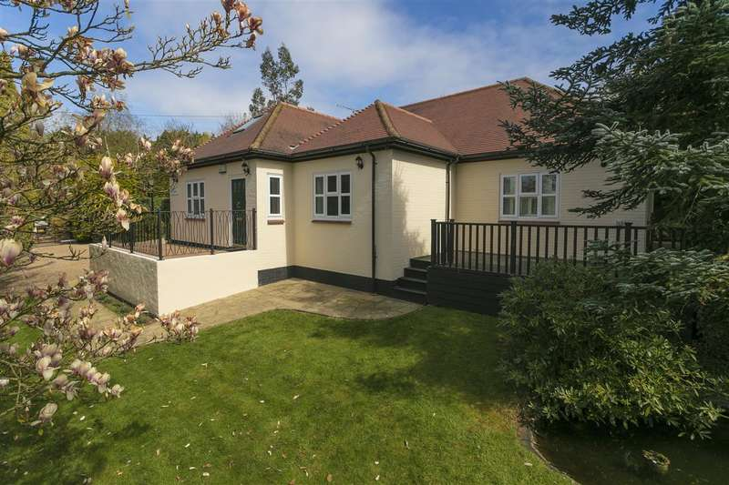 4 Bedrooms Detached House for sale in Sunnybank, Hickmans Green, Boughton-under-Blean