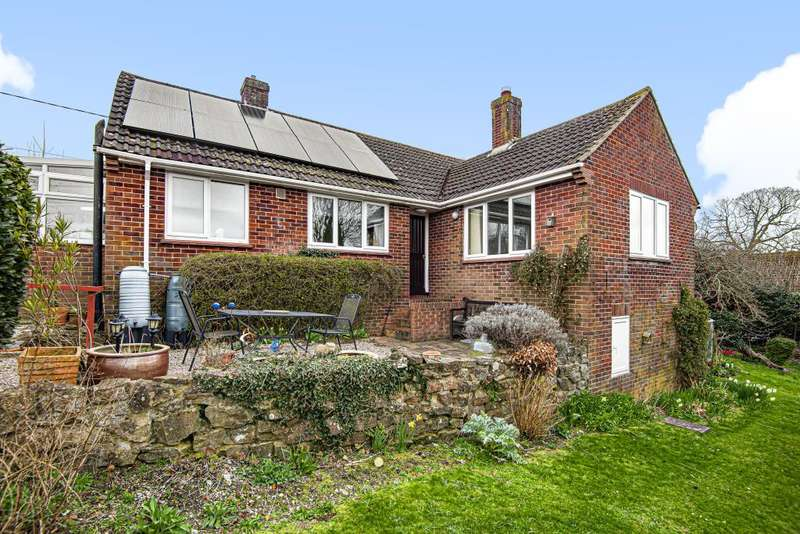 3 Bedrooms Detached Bungalow for sale in Cold Ash, Thatcham, RG18