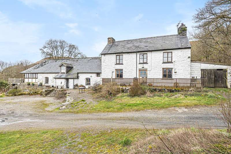 6 Bedrooms Detached House for sale in Rhayader, Powys, LD6