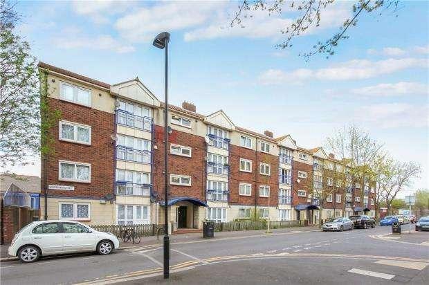 2 Bedrooms House for sale in Woodman Street, Royal Docks, London