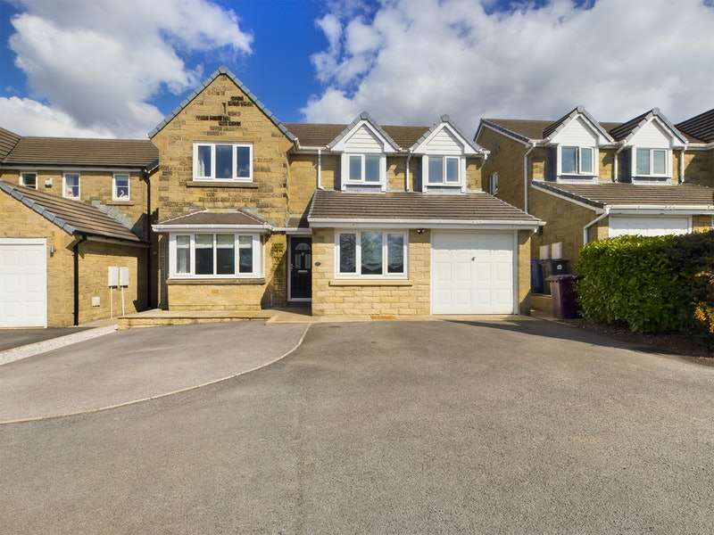 4 Bedrooms Detached House for sale in Leigh Park, Burnley, Lancashire, BB11