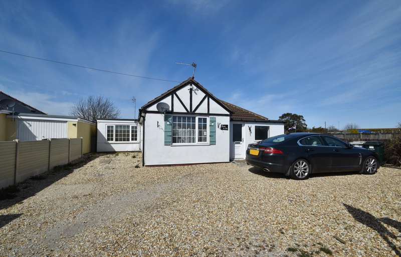 4 Bedrooms Bungalow for sale in Gatrum Lane, Chapel St Leonards, PE24