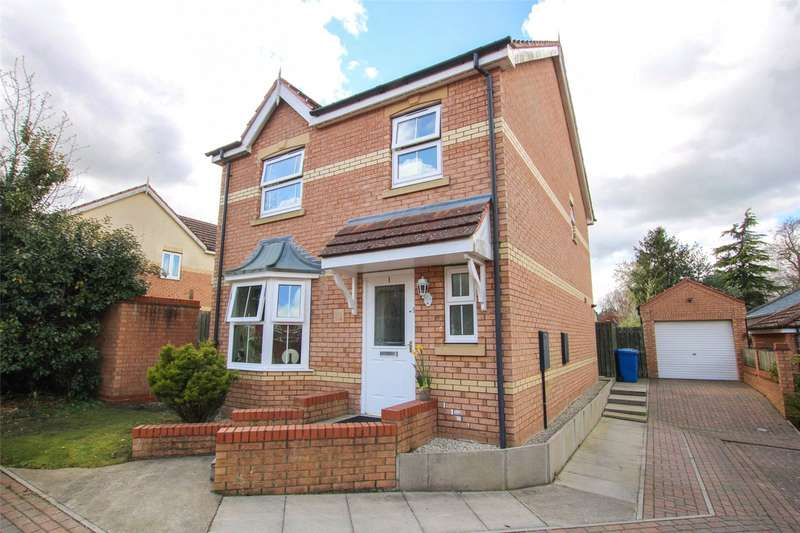 3 Bedrooms House for sale in Paddock Close, Market Rasen, LN8