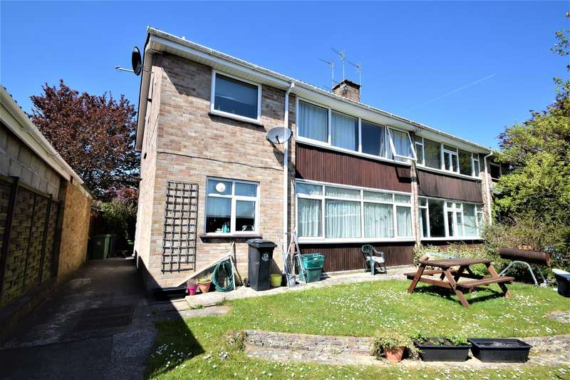 2 Bedrooms Flat for sale in Westover Rise, Westbury on Trym