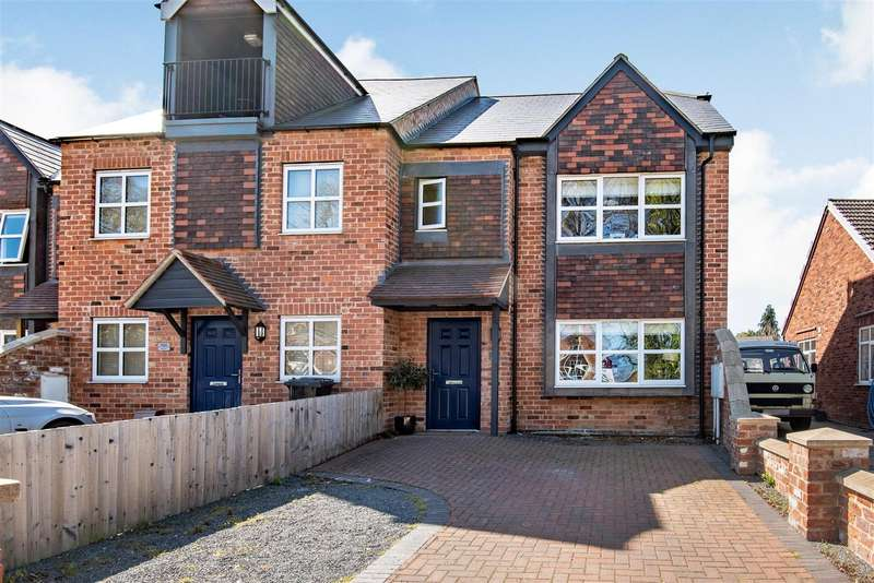 4 Bedrooms House for sale in Newport, Lincoln