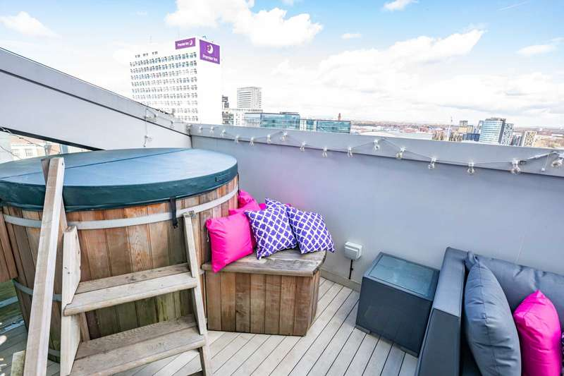 2 Bedrooms Apartment Flat for sale in Deansgate, Manchester