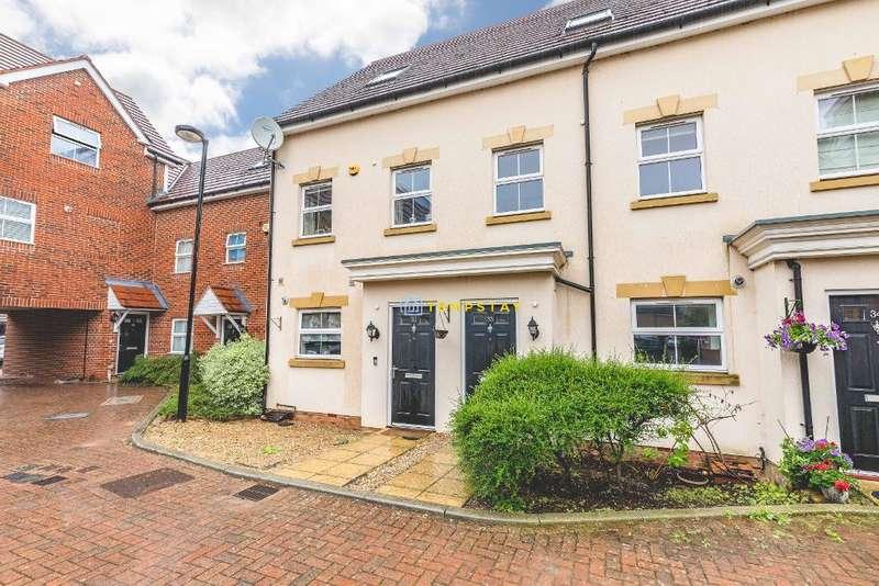 4 Bedrooms Terraced House for sale in Benjamin Lane, Wexham, SL3 6AB