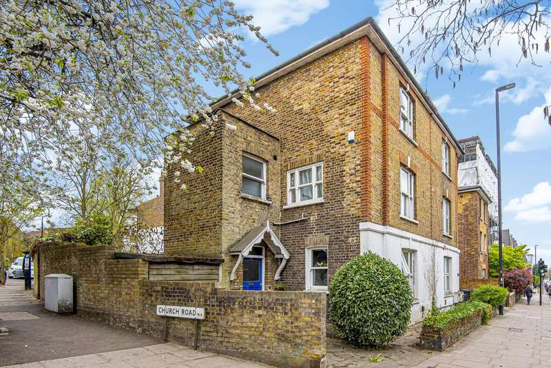 4 Bedrooms Semi Detached House for sale in Highgate, London, N6