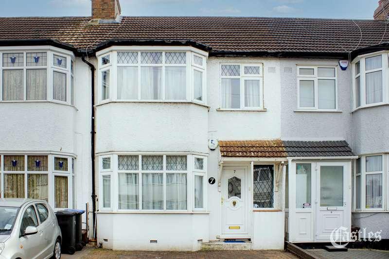 3 Bedrooms Property for sale in Pembroke Road, Palmers Green, N13