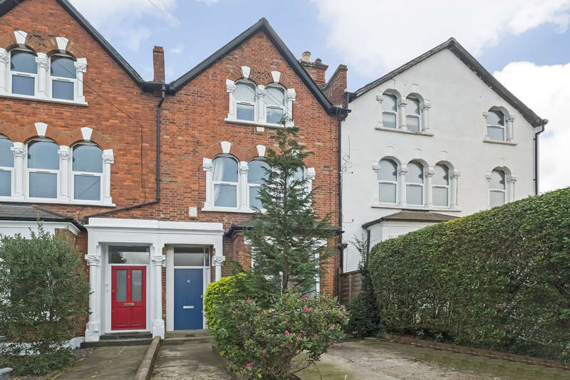 2 Bedrooms Flat for sale in Champion Crescent , Sydenham