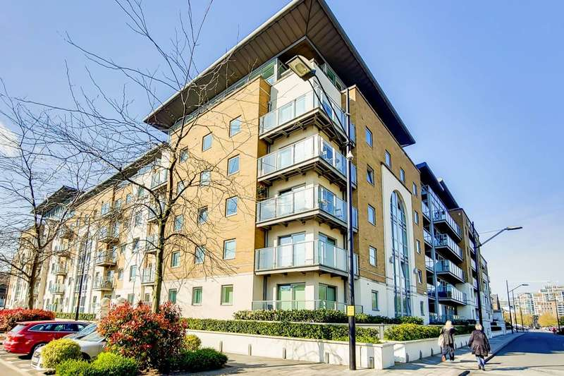 2 Bedrooms Flat for sale in Argyll Road, Woolwich Riverside, SE18