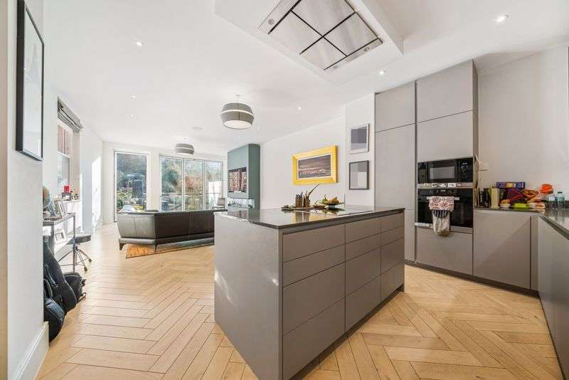 3 Bedrooms Property for sale in Langland Gardens, Hampstead, London NW3