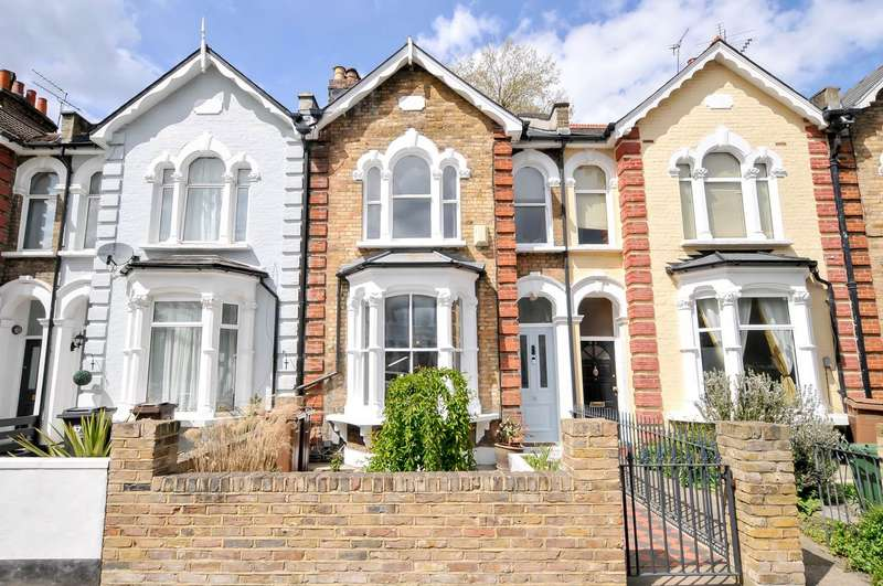 4 Bedrooms Terraced House for sale in Grayling Road, Stoke Newington, London