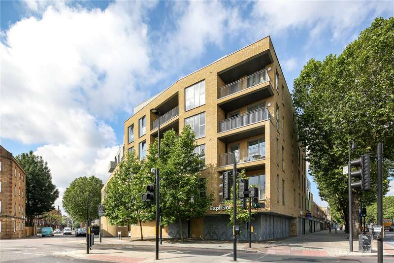 2 Bedrooms Flat for sale in Chesworth Court, 17 Fulneck Place, London, E1
