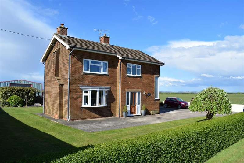 3 Bedrooms Detached House for sale in Gainsthorpe Road, Kirton Lindsey,