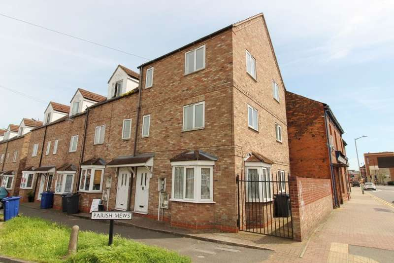 Town House for sale in 1 Parish Mews, Gainsborough, Lincolnshire