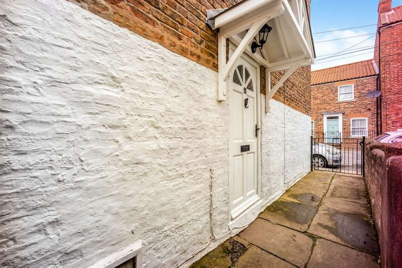 3 Bedrooms Terraced House for sale in Grove Street, Boston, Lincolnshire, PE21