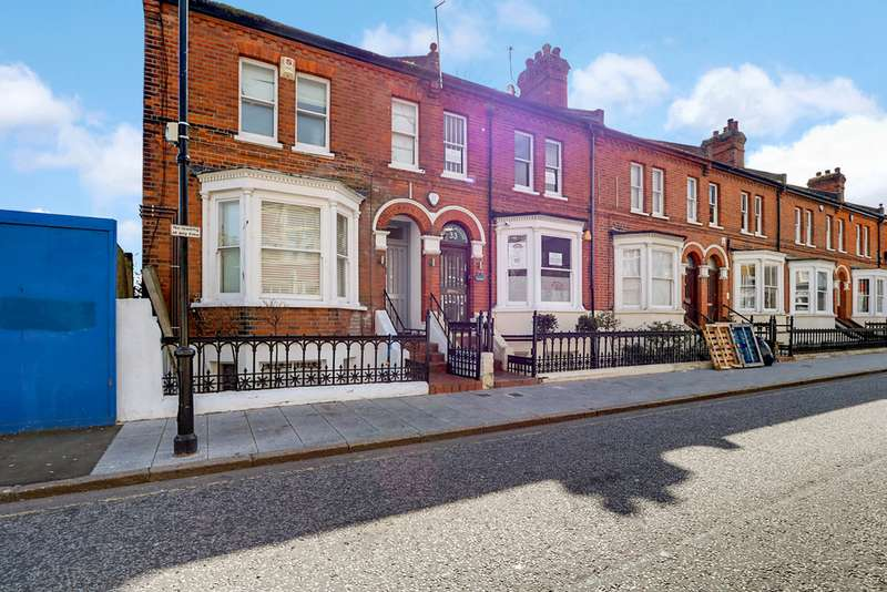 6 Bedrooms Property for sale in Clarence Street, Southend On Sea SS1