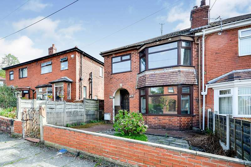 3 Bedrooms Semi Detached House for sale in Hart Hill Drive, Salford, Greater Manchester, M5