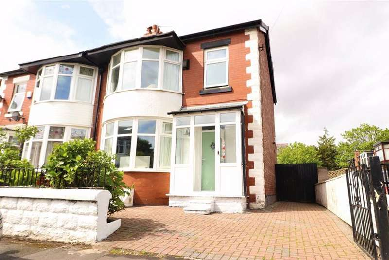 3 Bedrooms Semi Detached House for sale in Rostherne Avenue, Old Trafford, Trafford, M16
