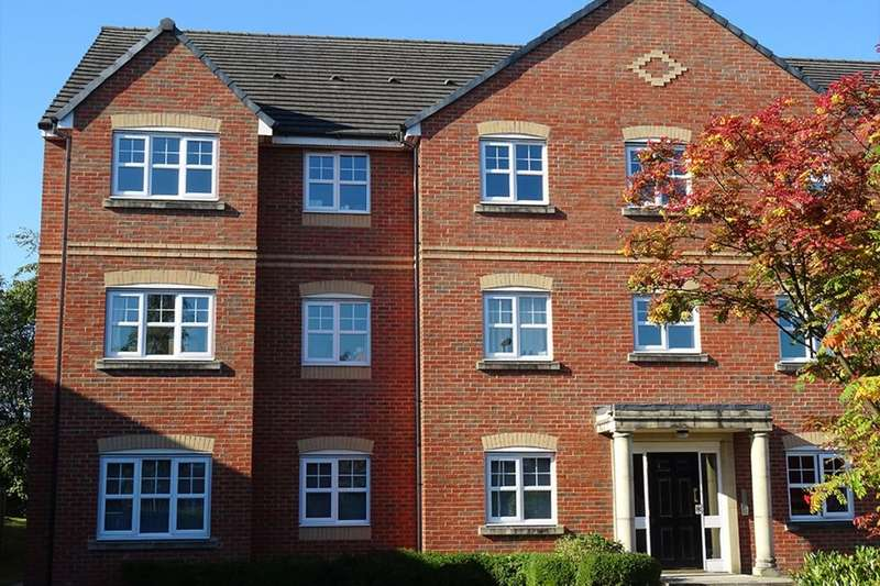 2 Bedrooms Flat for rent in Palatine Street, Denton, Manchester, M34