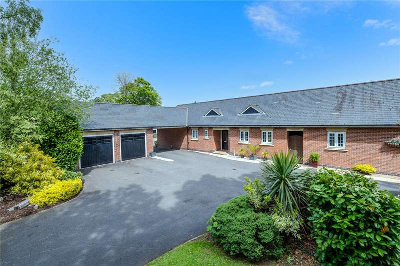 4 Bedrooms Detached Bungalow for sale in Balmoral Drive, Sleaford, NG34