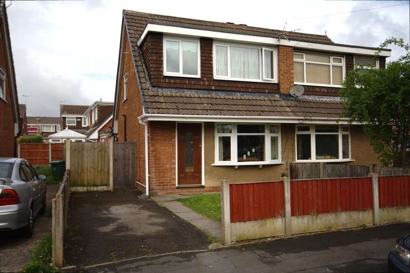 3 Bedrooms Detached House for sale in Telford Crescent, Leigh, Lancashire, WN7 5LY