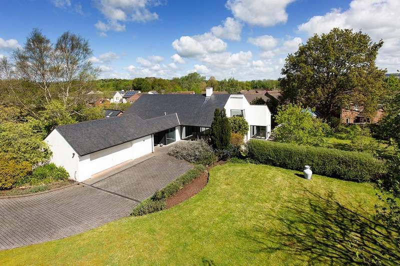 3 Bedrooms Detached House for sale in Alphington, Exeter