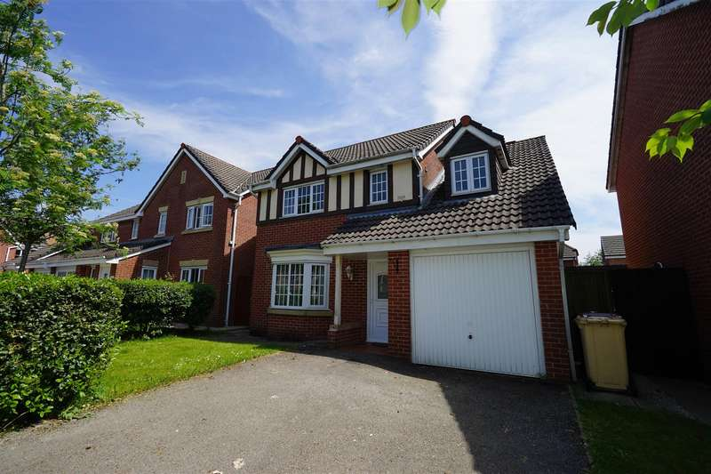 4 Bedrooms Detached House for sale in Abbeylea Drive, Bolton