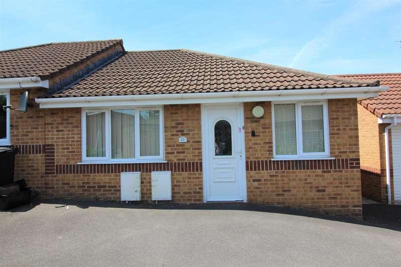 2 Bedrooms Bungalow for sale in Ash Close, Fishponds, Bristol, BS16 4BA