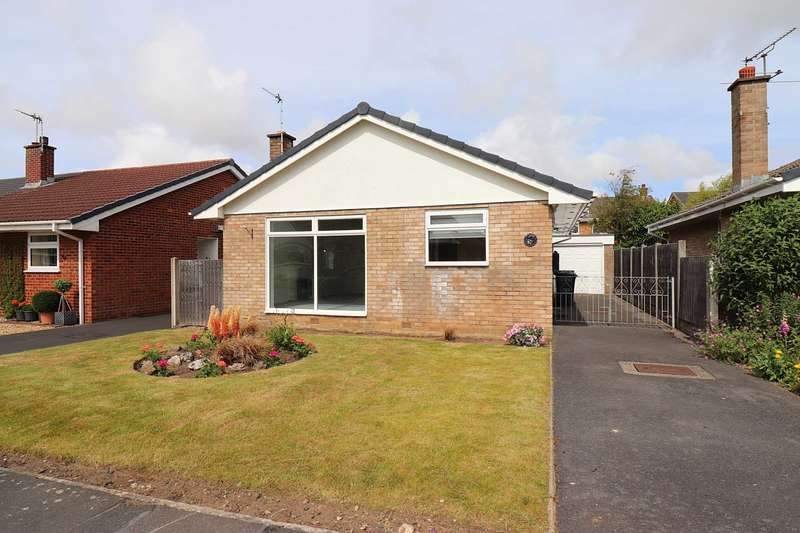 3 Bedrooms Detached Bungalow for sale in Broadwood Way, Lytham Hall Park, Lytham