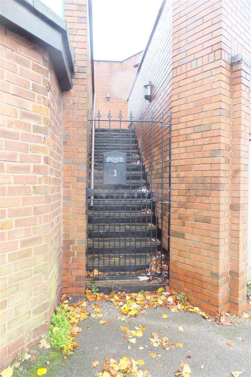 1 Bedroom Apartment Flat for rent in Sunnymead Road, Yardley, Birmingham