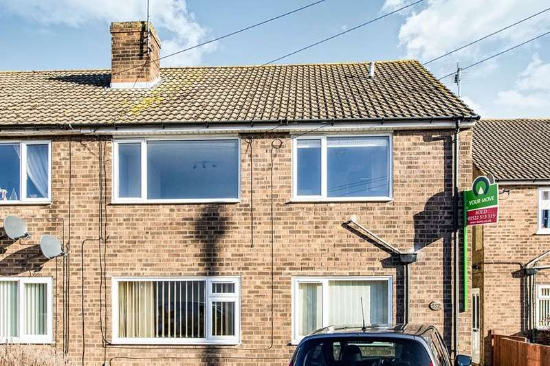 2 Bedrooms Flat for rent in Woodfield Avenue, Lincoln, LN6