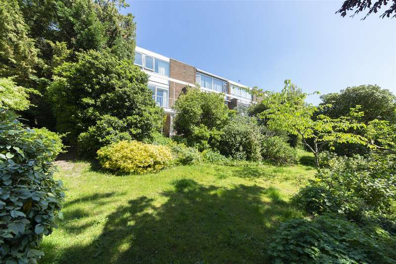 4 Bedrooms House for sale in Cottenham Place, West Wimbledon, SW20